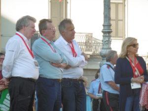 Gli organizzatori (in primo piano l'avvocato Giussani) fra cui Elvira Ruocco